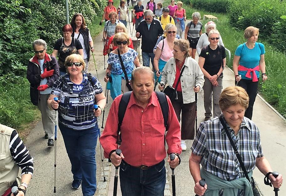 Letní Nordic Walking v Botanické zahradě